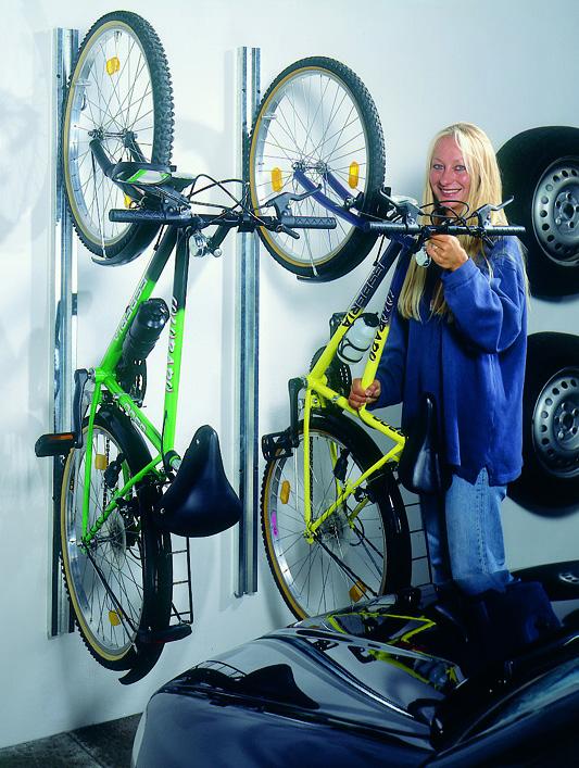 Fahrradhalter bikeMax für Biohort Europa und Geräteschrank Bild 3